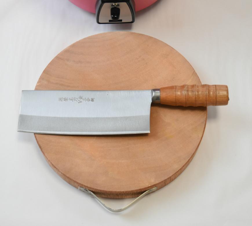 台湾 丸形木製まな板と中華包丁セット